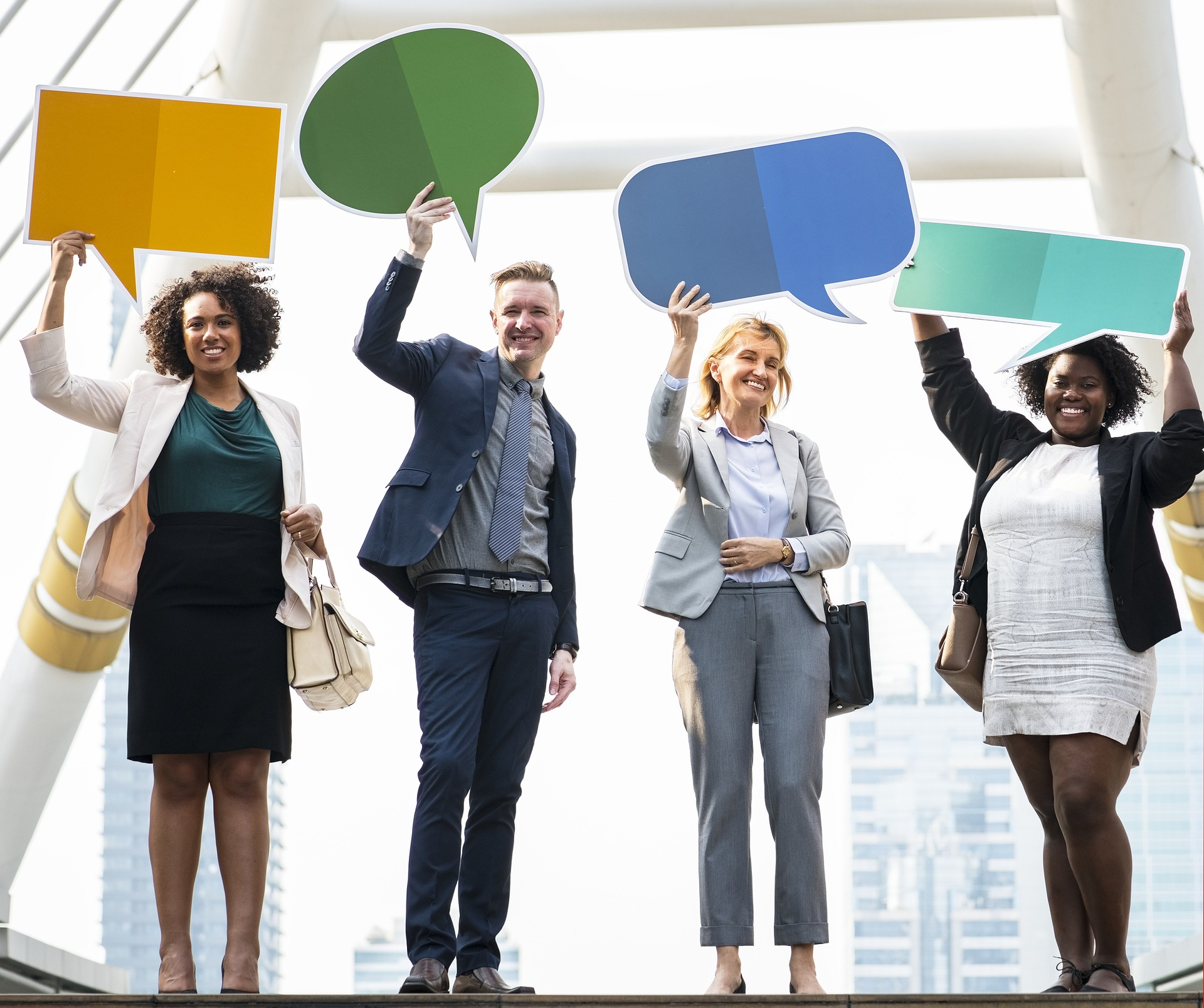 Diversidad en el lugar de trabajo: estrategias de productividad para introvertidos y extrovertidos