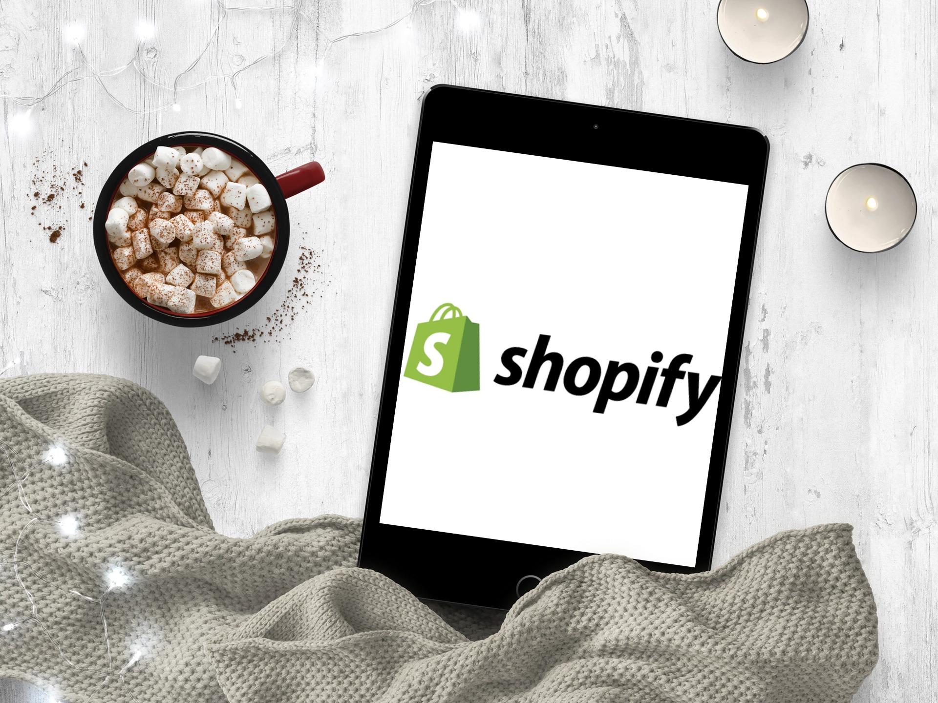 PieSync lance une intégration de Shopify et Bitrix24