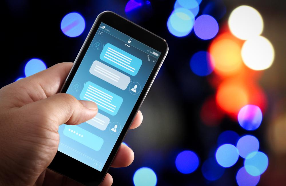 Jak zdalnie zarządzać relacjami z klientami za pomocą mobilnego CRM